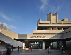 ‪National Theatre‬