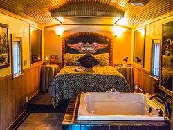 Featherbed Railroad Bed & Breakfast Resort