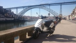 Vieguini - Bike & Scooter Rental Porto - best way to discover the city