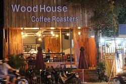WoodHouse Coffee