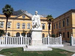 Monumento a Pellegrino Rossi