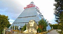 Piramida - Hotel & Restauracja