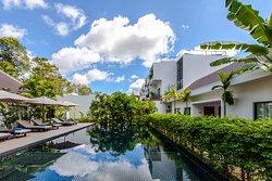 Lynnaya Urban River Resort & Spa