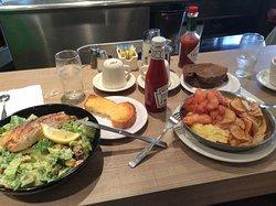 Lou Mitchell's Restaurant