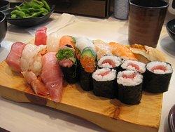 Sushi-Nova, Asakusa Shin-Nakamise