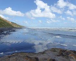 Kariotahi Beach