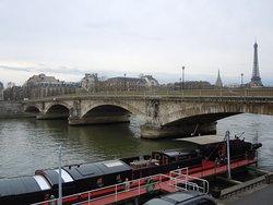 アンヴァリッド橋