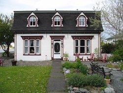 Rosedale Manor Bed and Breakfast Inn