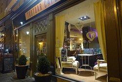 Trotuar Cafe & Boutique apartments
