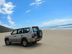 NOOSA2FRASER 4WD BEACH HIRE