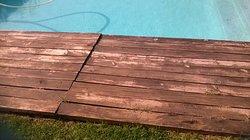 Deck pullig up - dangerous if kids were running around