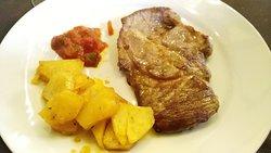 "Mesón-Restaurante Fogones ""el Chato"""