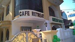 Cafe Retreat
