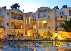Melina Beach Hotel