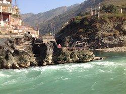 Ganga-Sacred confluence of river Alaknanda & Bhagirathi RIvers