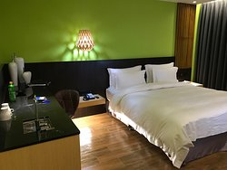 Allur Chain Boutique Motel - Xinzhuang Branch