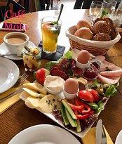 Cafe Mola