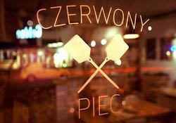 Czerwony Piec Pizza