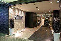 Hamilton Hotel -Black-