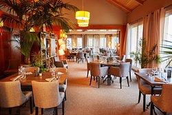 Sur Le Green Restaurant