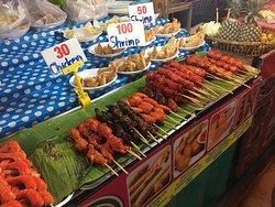 Pasar Malam Akhir Minggu kota Phuket