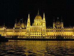 Memories of Hungary House of Parliament Souvenir Shop