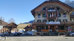 Hotel & Kurhaus Fluhli