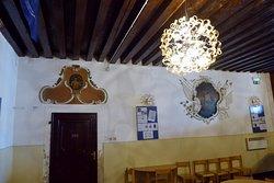 Palača Besenghi degli Ughi