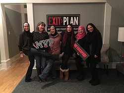 ‪EXIT Plan - An Escape Room Adventure‬