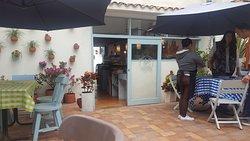 El Cafe Jardin