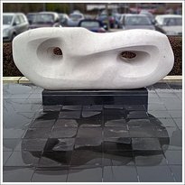 Hepworth Sculpture. Curved Reclining Form