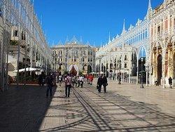 Piazza del Ferrarese