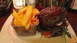 Czarna Owca Gastro Pub