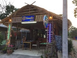 Smile Bar & Cafe