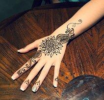 Henna Bali