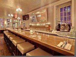 The bar at Lido