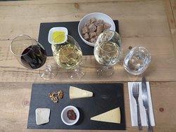 Vivinos: Wines & Tastings
