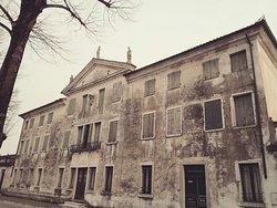 Villa Zanardini, Fabris, Fancello