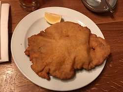 Best schnitzel I've ever tasted, amazing service by the waiters. Overall very pleasant