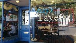Izzys Tavern