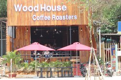 WoodHouse Coffee Roaster