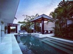 Villa Amadu 2! Wow! Wow! Wow!