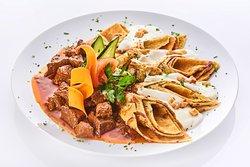 Creppy PalacsintaHaz Restaurant