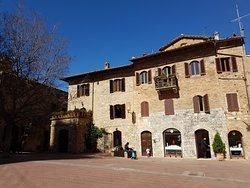 Palazzo del Podestà (Palast des Podestàs)