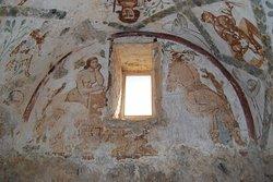Фрески в Каср Амра