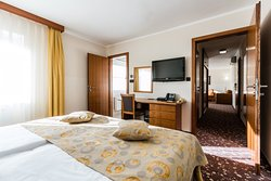 Best Western Plus Hotel Piramida