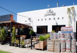 2 Brothers Brewery & Beer Hall