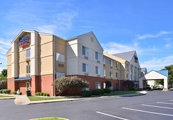 Fairfield Inn & Suites Louisville North