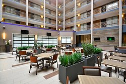 Embassy Suites by Hilton Denver Stapleton