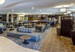 Courtyard Roseville Galleria Mall/Creekside Ridge Drive